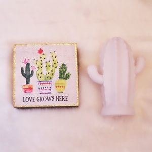 Other - ☀️Two Piece Cactus Decor